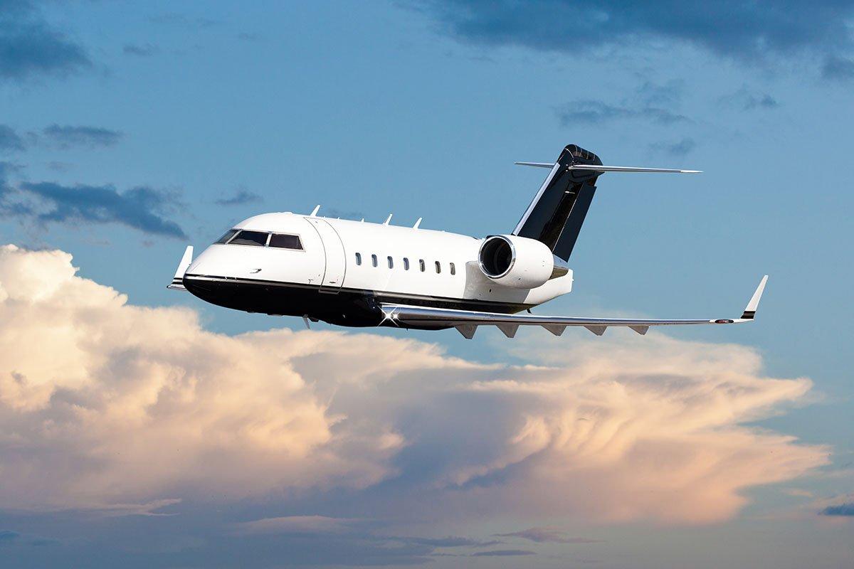 Bombardier Challenger 300 Flight