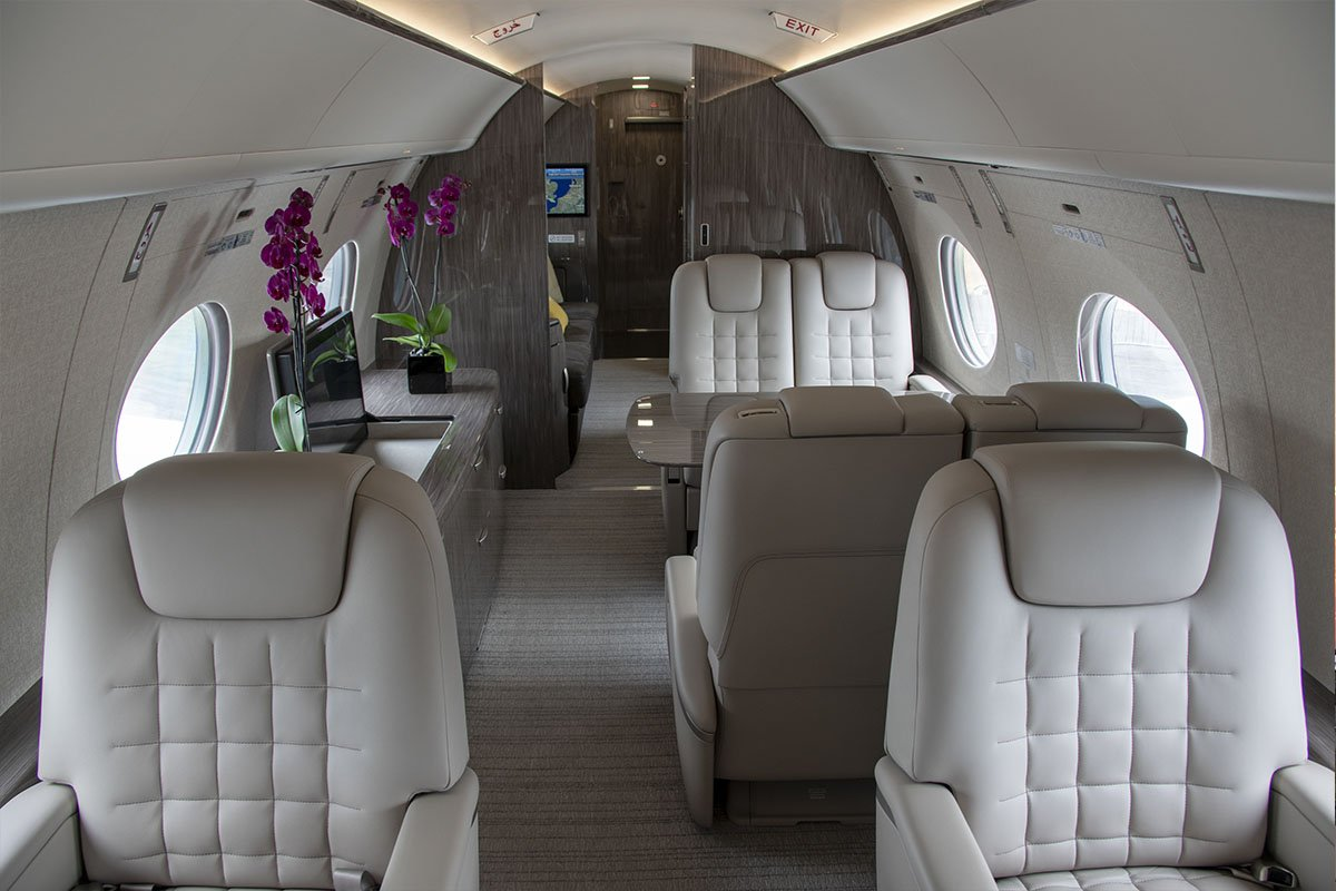 Embraer Legacy 600 / 650 Private Jet