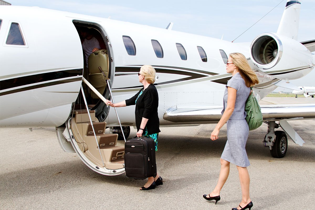 Business Corporate Flights